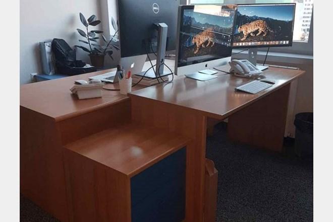 PRILIKA! Uredski/radni stolovi + ladičar