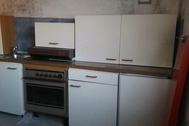 Kuhinja sa aparatima
