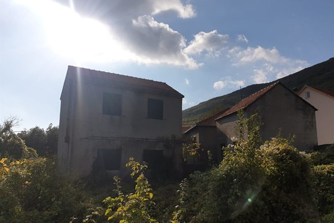 Kuća Lovreć