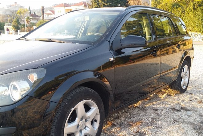 Opel Astra Karavan 1.9 Cdti