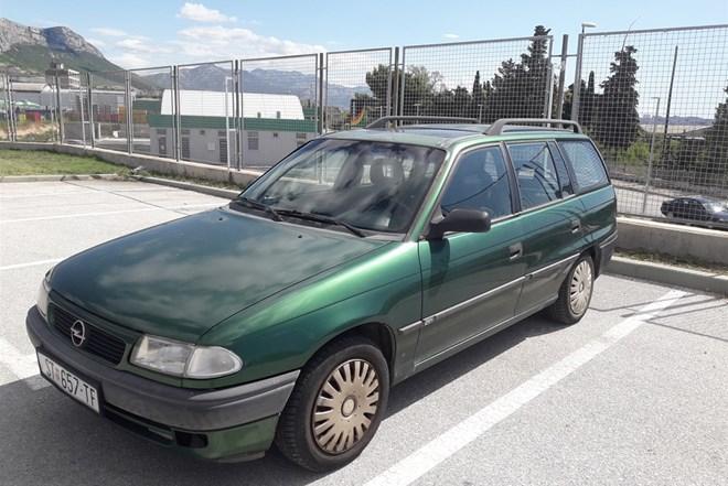 Opel Astra Karavan 1,6 Plin