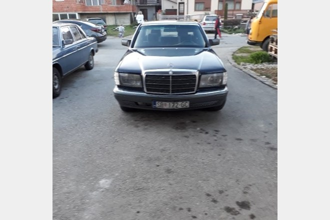 Mercedes-Benz 126 250