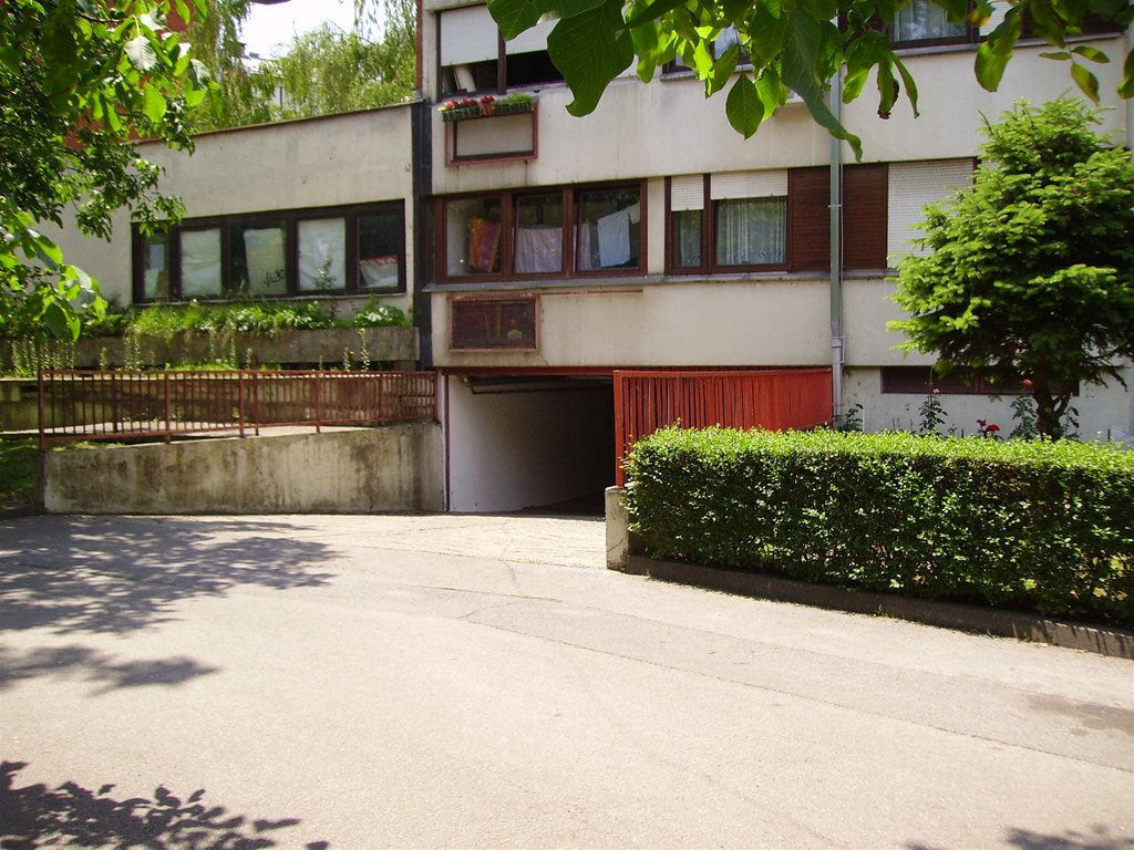 Garaža Trešnjevka - Jug Vrbani