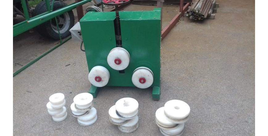 Stroj za savijanje cijevi