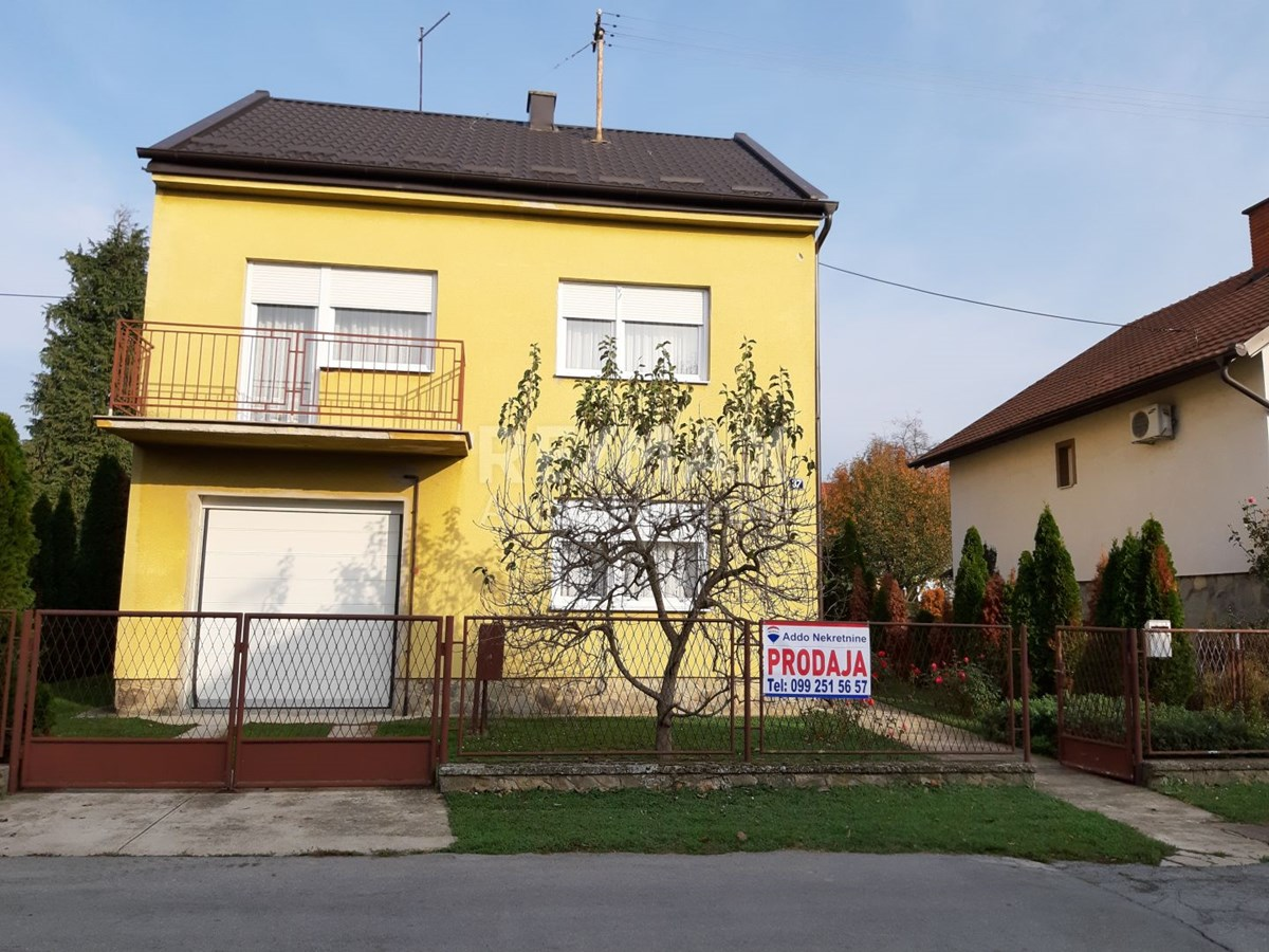 Belišće, obiteljska kuća u centru mjesta
