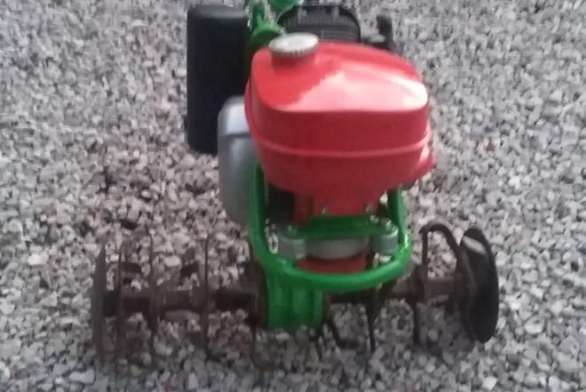 freza-kopacica-motokultivator-imt 506 agria