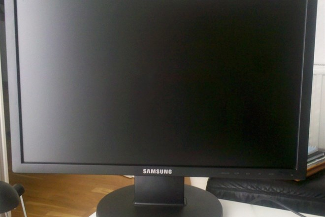 Samsung SyncMaster 2043NW