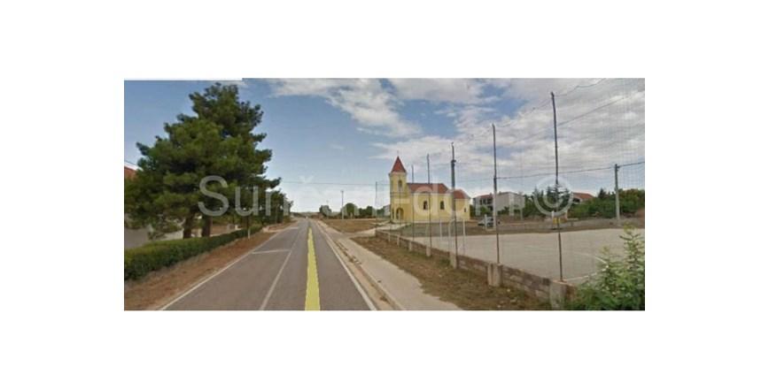 Žerava- zemljište 9300 m2, mog.kupnje 1/2 zemljišta!
