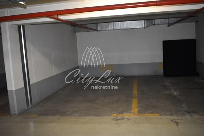 Parkirno garažno mjesto na atraktivnoj lokaciji, Horvaćanska ulica (Zagreb)-SNIŽENA CIJENA!