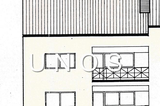 Črnomerec katnica s visokim potkrovljem 350 m2, dvorište, dvije garaže, novija