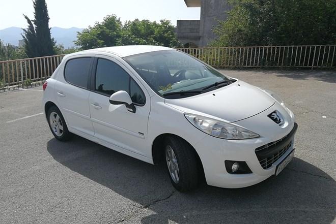 Peugeot 207 1.4 VTI 2011. prvi vlasnik
