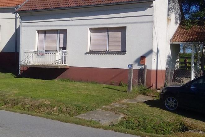 Kuća Grubišno Polje Donja Rašenica 112 m2 stambeno 17000€,