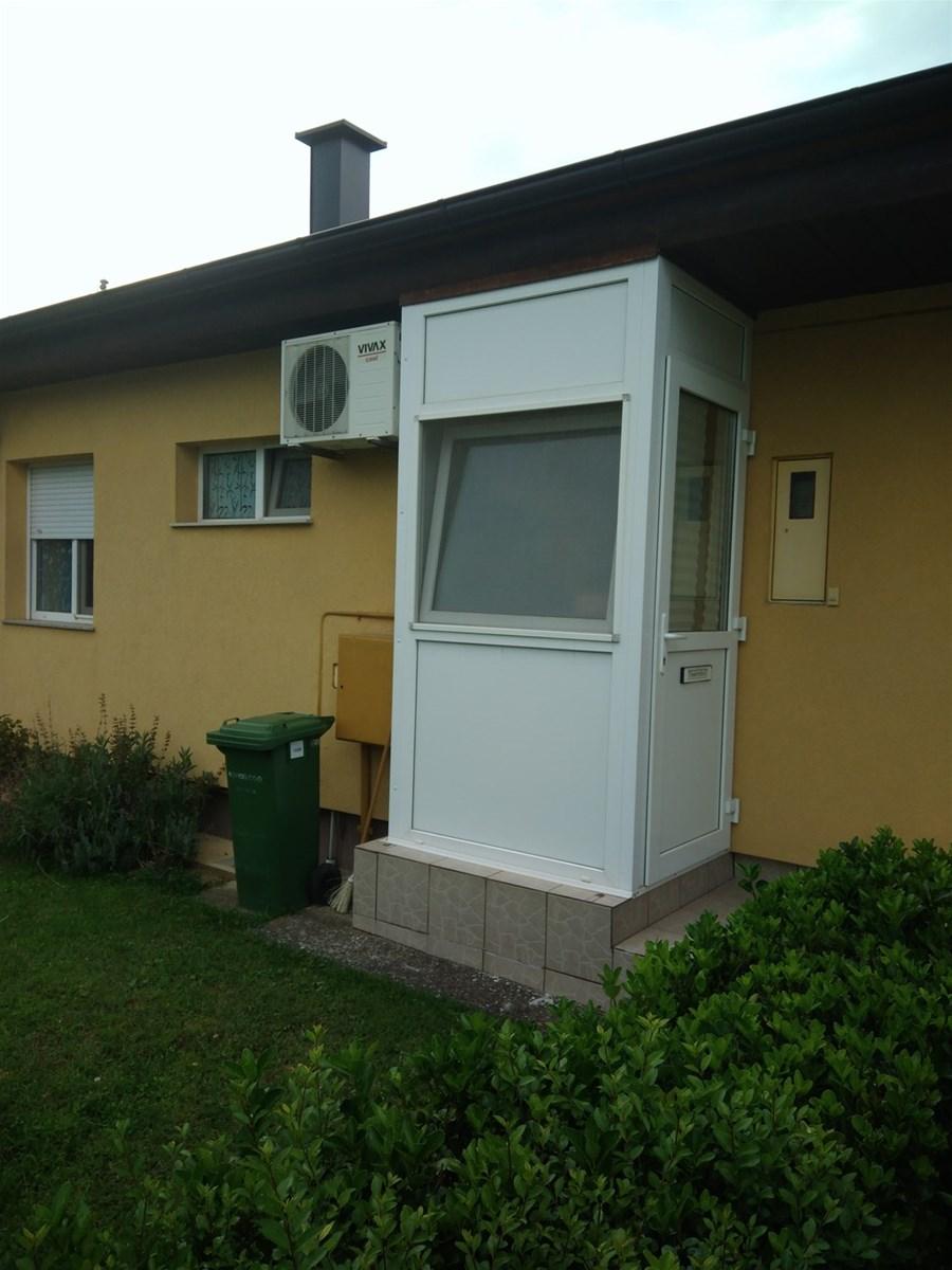 Kuca Vinkovci Zagrebacki Blok Index Oglasi