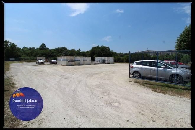 Najam zemljišta za parking na Radničkoj cesti
