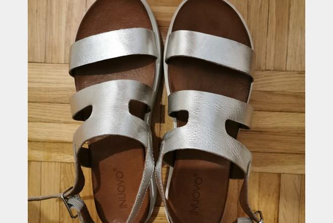 low priced d5265 b2761 Inuovo sandale 39   INDEX OGLASI