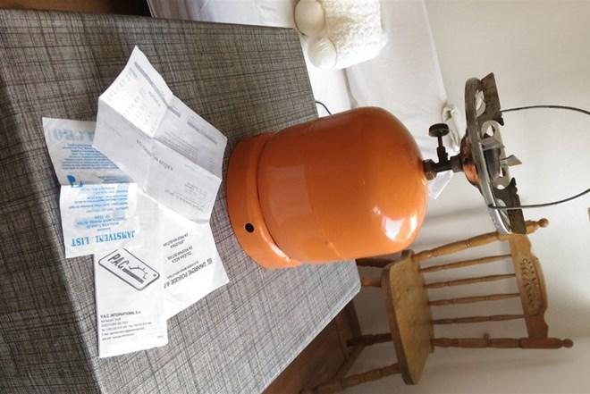 Plinska boca 3kg/7,5 litara s kuhalom i regulatorom