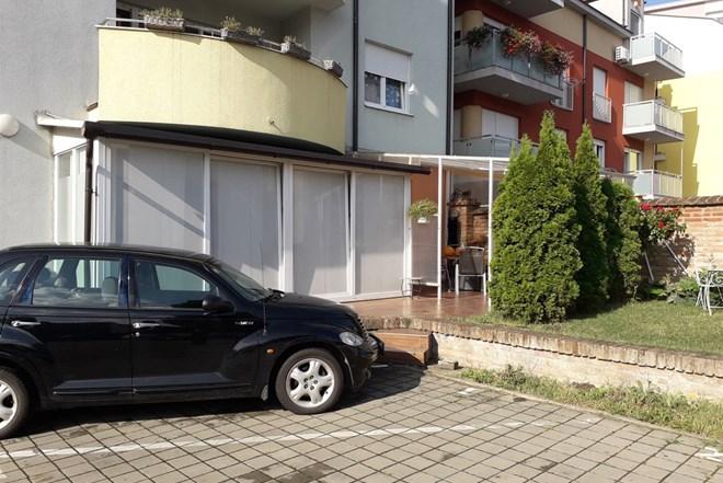 Stan Vinkovci 110 m2 u centru grada , novogradnja, prizemlje