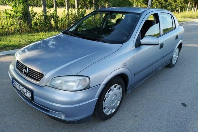 Opel Astra 1.4 ,2001 god. ,PLIN ,KUKA