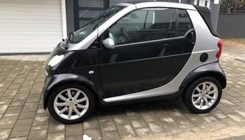 Smart fortwo cabrio 700