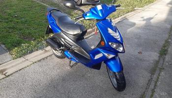 Prodajem skuter Peugeot Speedfight 2, #6000kn 2002.god.,100ccm,2T,7kW, 2002 god.