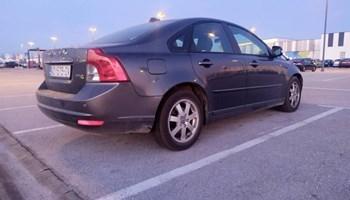 Volvo S40 DRIVe - SUPER STANJE! NOVE GUME !REGISTRIRAN DO 9/20