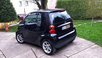 "Smart fortwo coupe 1.0..god 2008..reg 4/20..alu 15\""..nove gume..odličan..PRILIKA 3600 € **KUPCU POKLON - PUN TANK GORIVA**"