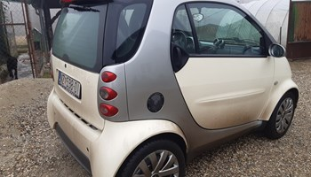 Smart fortwo coupe Benzin 0,7 45kw