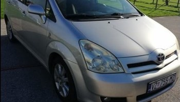 Toyota Corolla Verso 2,0 D4D