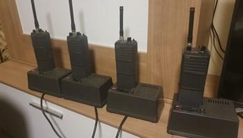 prodajem radio stanice  icom  H19     4 KOM         zamjena za razno