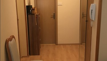 Dvosoban stan za dugoročni najam - Donja Vežica, Rijeka