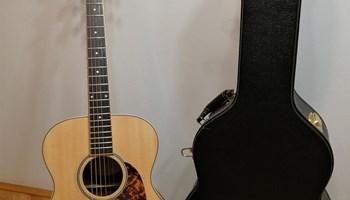 Akustična gitara Larrivee OM Limited - Laurel, 2016., stanje 10/10