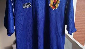 """Sportski dres \""""Nogometne reprezentacije Japana\"""" iz 1998. godine"""