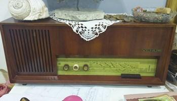 Starinski radio VENUS