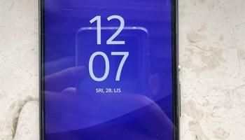 Prodajem Sony Xperia Z3!!!