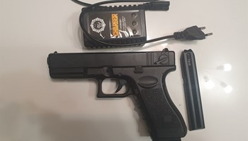 Delta Yakuza 18C airsoft pištolj