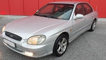 Hyundai Sonata 2.0+PLIN,MOŽE ZAMJENA,KOMBINACIJE,RATE---FULL OPREMA,NOVA REGISTRACIJA---