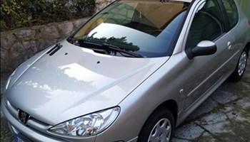 Peugeot 206 1.4 i Sporty,servisna,reg.godinu dana,cijena nije fiksna