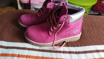 Roze čizmice