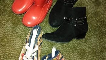 Cipele za curice vel. 26,32,33