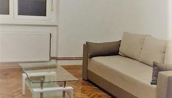 Trešnjevka , stan 40 m2, 1. kat, uređen, useljiv, blizina tramvaja u Nehajskoj, stan nije oštećen u potresu