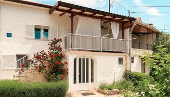Kuća za odmor s bazenom Krk - Lakmartin