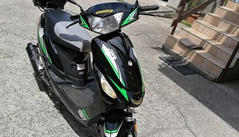 scooter 49ccm 2016godina