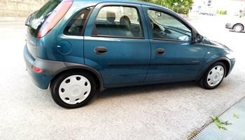 Opel Corsa 12 2001g reg 11 mij prva vlasnica servisna knizica