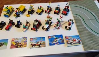 LEGO vintage 15 Town setova i 2 baseplatea iz 90ih zajedno 330 kn!