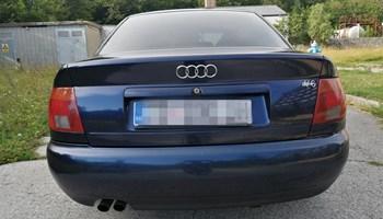 Audi A4 2.6 V6 (mog zamjena)