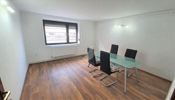 POSLOVNI PROSTOR, PRODAJA, ZAGREB, TREŠNJEVKA, 80 m2