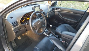 Toyota Avensis 2 2 CAT