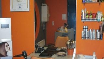 Frizerske fotelje, ogledala, stolovi, glavoper