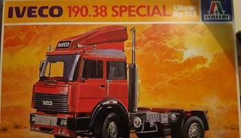 Maketa kamion Iveco 190.38 Special 1/24 1:24