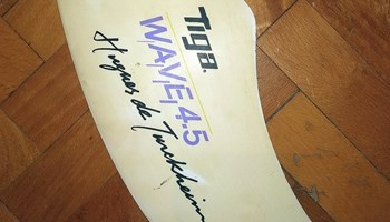 windsurf peraja tiga wave